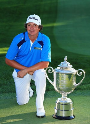 PGA Championship: Jason Dufner holds on to win first major, Tiger Woods ends 40th
