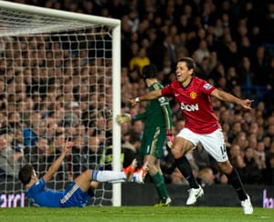 Manchester United beat Chelsea 3-2