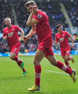 Premier League: Southampton ensure Reading plunges closer to relegation