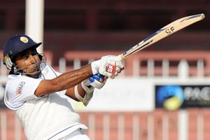 Mahela Jayawardene completes 11,000 runs in Tests