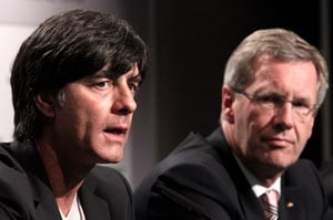 Loew signs deal to take Germany to Brazil 2014