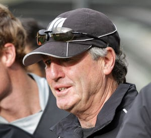 New Zealand cricket coach John Wright to resign