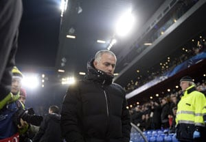 Premier League: Chelsea's Jose Mourinho Plans Overhaul After Vexing Finale