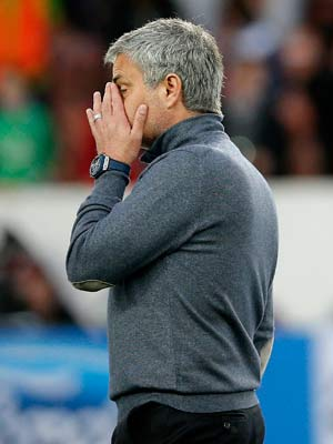Champions League: Jose Mourinho left with regrets as Chelsea lose in Paris