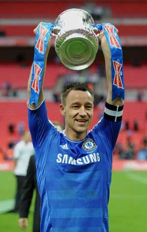 Terry calls for Di Matteo and Drogba to stay after FA Cup triumph