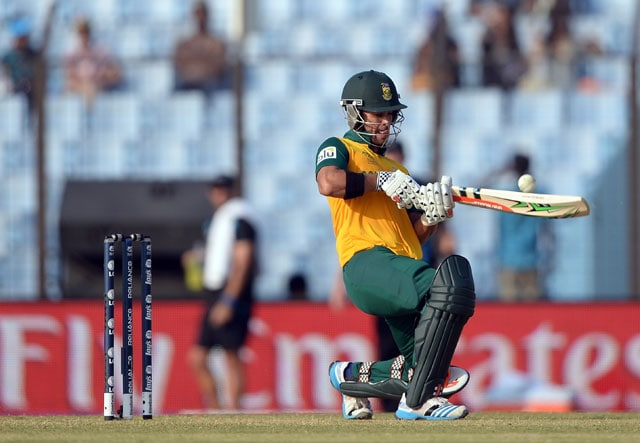 ICC World Twenty20: Dale Steyn, JP Duminy take South Africa to two-run win over New Zealand