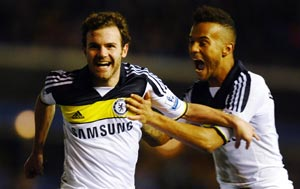 Chelsea start life after Villas-Boas with Cup win
