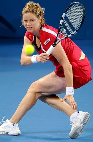 Clijsters reaches semis at Brisbane International