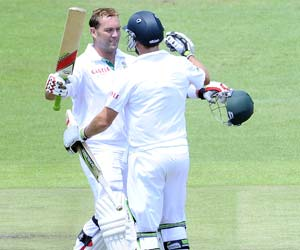 3rd Test: South Africa well placed after batsmen's day