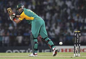 Ingram, Kallis and rain combine to defeat India
