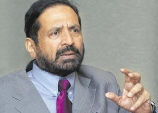 Tainted Suresh Kalmadi to seek re-election as Asian Athletic Association president