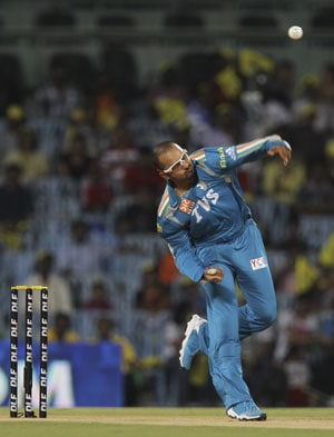 Spinners doing well in T20s: Murali Kartik