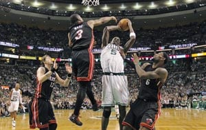 Rondo, Celtics beat Heat 101-91, trail series 2-1