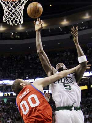 Garnett leads Celtics past 76ers, 92-91