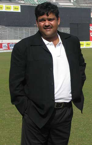 Bangladesh's chief cricket selector quits