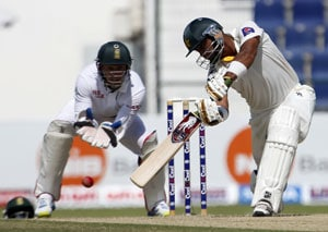 Pakistan vs South Africa: Khurram Manzoor's maiden ton gives Pak lead after Day 2 at Abu Dhabi