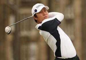 Korea's Kim Kyung-Tae hits the front at Australian PGA
