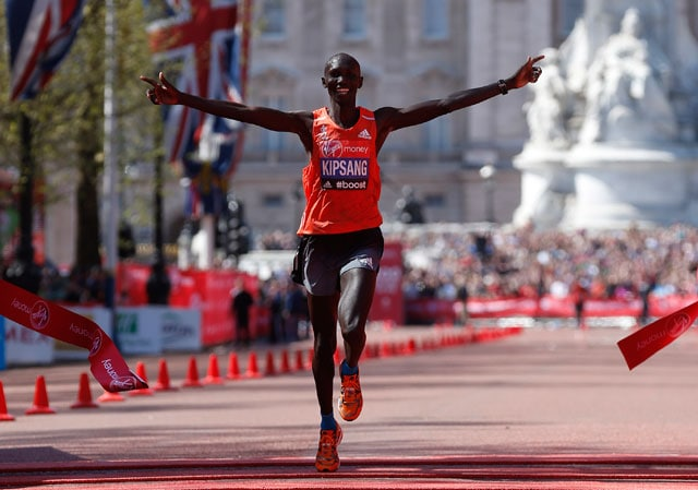 Kenya's Wilson Kipsang sets London Marathon record
