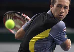 Kohlschreiber, Garcia-Lopez advance at Paris Masters