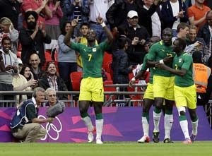 London 2012 Football: Konate double guides Senegal over Uruguay 2-0