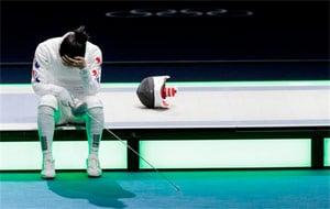London 2012 Fencing: South Korea protests after Shin loses at Olympics