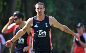 Pietersen, teammates enjoy Ganges cruise