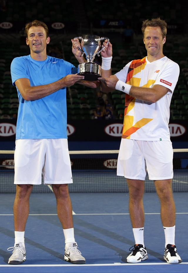 Australian Open: Lukasz Kubot, Robert Lindstedt win men's doubles title