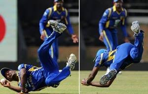 Nuwan Pradeep replaces injured Kulasekara against India