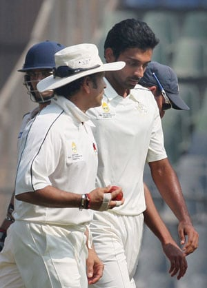 Ranji Trophy Final: Dhawal Kulkarni snaps up four, Mumbai dismiss Saurashtra cheaply