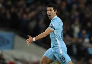 Sergio Aguero signs new Manchester City contract through to 2017