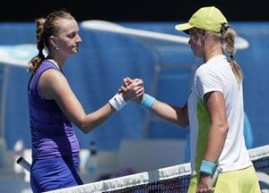 Kvitova eases into second round
