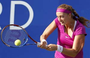 Kvitova, Azarenka meet in WTA Championships final