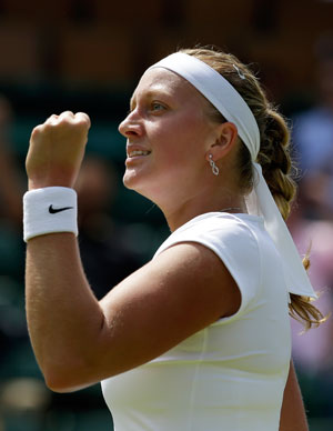 Wimbledon 2013: Petra Kvitova first to reach quarters