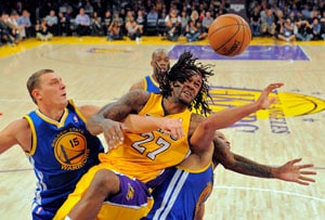 Los Angeles Lakers down Golden State Warriors 101-77