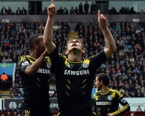 Lampard breaks Chelsea goal record, says hopes to be at the club next season