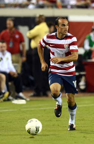 Landon Donovan's hat-trick powers US over Scotland