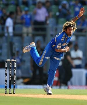 IPL 2012: Malinga injury blow for Mumbai Indians