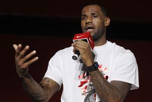 LeBron James engaged to long-time girlfriend