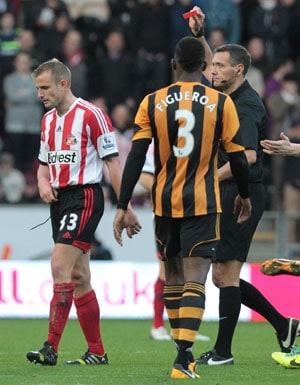 EPL: Hull make heavy weather of beating nine-man Sunderland