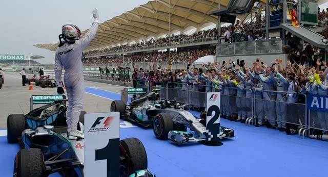 Lewis Hamilton, Nico Rosberg ready for 'light' challenge at Bahrain F1