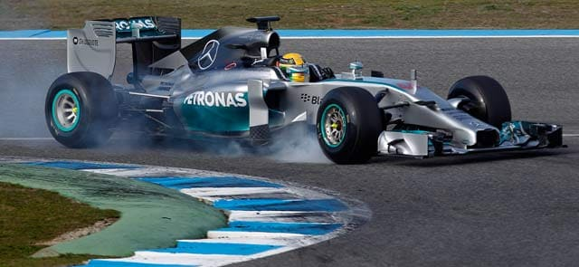 Lewis  Hamilton unshaken after first day crash