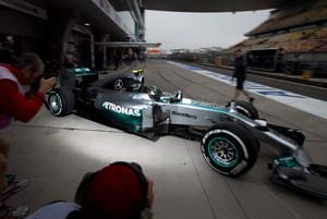 Lewis Hamilton battles back in Chinese GP practice