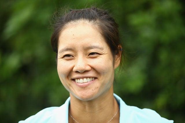 Miami Masters: China's Li Na advances to third round as Alisa Kleybanova withdraws