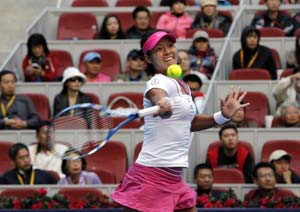 China's Li Na stunned in Beijing opener