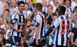 West Brom pick up first win as Sunderland stay bottom