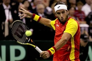Lopez win lifts Spain over US in Davis Cup