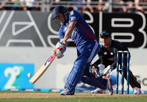 1st T20: England's Wright stuff too much for New Zealand