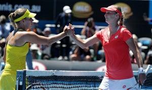 Ekaterina Makarova upsets Angelique Kerber to make quarter-finals