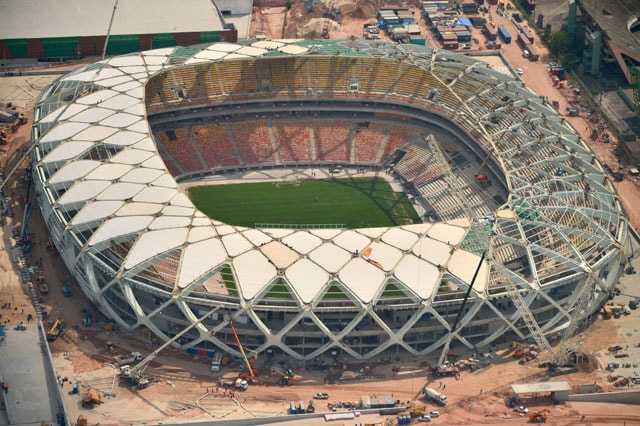 One dies as Brazil hit by fourth fatal 2014 FIFA World Cup stadium accident
