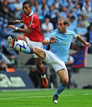 Manchester City move into FA Cup finals